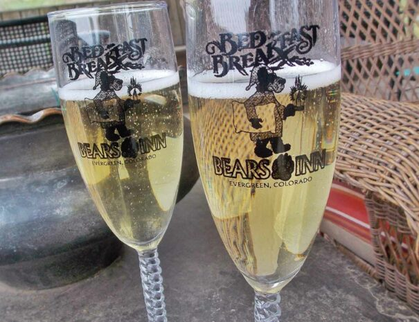 Champagne-flutes-2